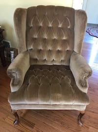 Wing Back Chair Bear