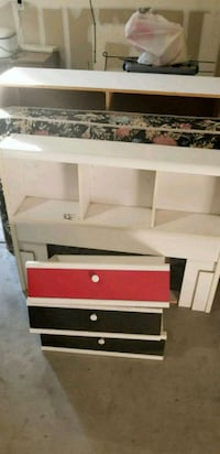 white and red wooden bunk bed Modesto, 95356