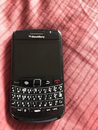 black Samsung qwerty phone with black case Mississauga, L5T 2Y3
