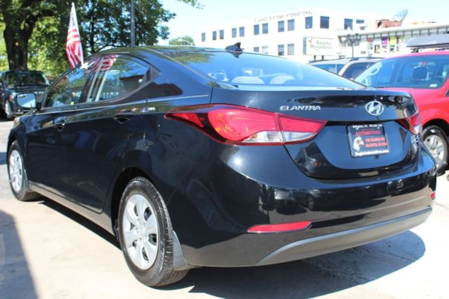 2016 Hyundai Elantra for sale 4