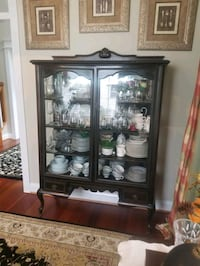 Antique Glass Front Mahogany China Cabinet Providence Forge, 23140