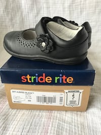 Girls shoes Stride rite(size 8w) Clarksville, 37043