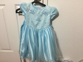 Holiday dresses size 2/3t