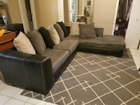 Sectional Living Room  Glendale Heights, 60139