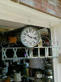 Barrel Shack wall clock new in box  Burtonsville, 20866