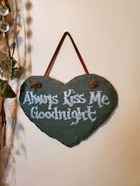 Always kiss me good night stone heart wall plaque Bel Air, 21015
