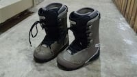 men's snowboard boots size 9 New Westminster, V3M