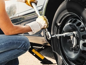 Car tire change to winter tires