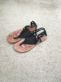 Black Woven Sandals(Size 7) Silver Spring