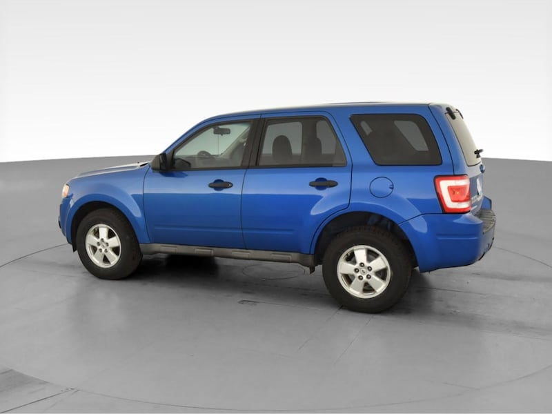 2011 Ford Escape suv XLS Sport Utility 4D Blue <br /> 5
