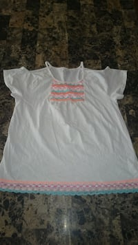 white and pink scoop-neck cap-sleeved shirt Brockton