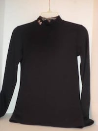 Under Armour long sleeve shirt or base layer size youth Medium Independence, 97351