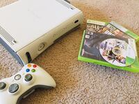 Xbox 360 4 games and one controller  Columbia, 21044