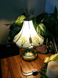 Small beautiful bed side lamp Myrtle Beach, 29575