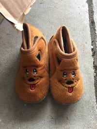 Brand new size 6 bear shoes  Howell, 48843