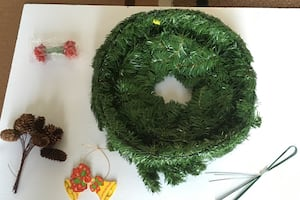 Brand new make your own Christmas wreath.