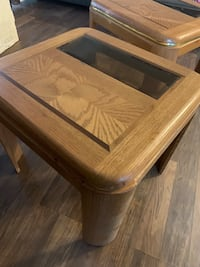 Wood end tables Baltimore, 21237