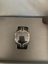 Silver and black smart watch 3132 km
