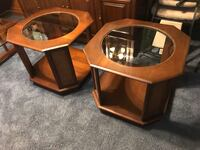 2 end tables  Hagerstown, 21740