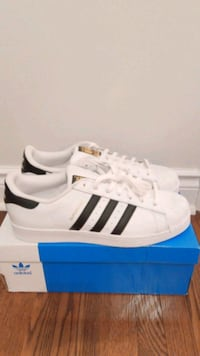 Men's Adidas superstar Beaconsfield, H9W