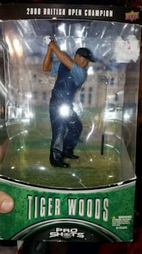 Tiger Woods figurine  Riverside, 92503
