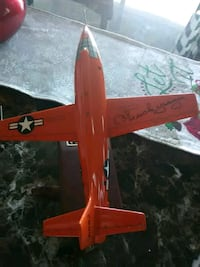 Signed Chuck Yeager x-1 model plane Savannah