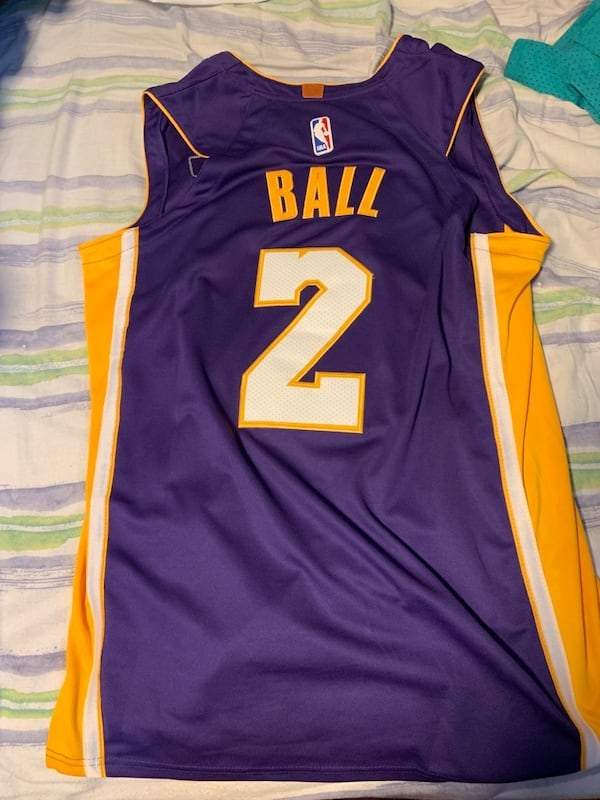 London ball Los Angeles lakers jersey 80325586-2868-4db7-a43d-baa3ef33ecfb