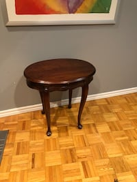 Side table Mississauga, L4W 2G3