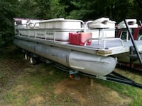 24 ft pontoon 90hp force be willing to trade for s Cave City, 72521