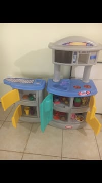 white and blue Little Tikes kitchen play set Germantown, 20874