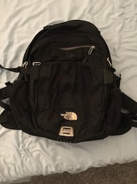 The north face recon backpack Manassas, 20109