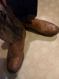 Lucchese boots size 11 Hendersonville, 28739