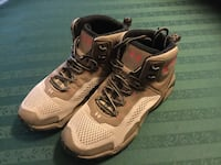 The Under Armour Glenrock Mid HIking Boot(Women's size 7) Carson City, 89706