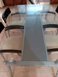 black metal frame glass top table Bengaluru, 560020
