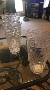 6 plastic clear vases  20008