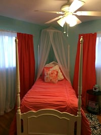 Youth Stanley twin canopy bed Parma, 44134