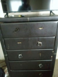 black wooden 4-drawer chest Pittsburgh, 15210
