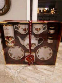 Royal Albert gift tea set 772 km
