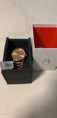 BRAND NEW NIXON WATCH Toronto, M5J 3A6