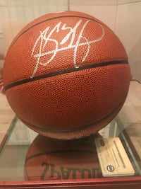 Jason Kidd autographed basketball with glass case ! Coa included NBA legend  549 km