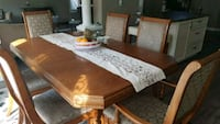beautiful solid wood dining room set fs  Kitchener, N2R 1Z5