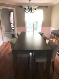 8ft quality dining table Richmond Hill