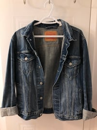 LEVI'S denim jacket  Toronto, M1V 4X8