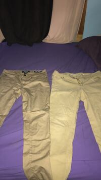 Two white and brown cargo pants Winnipeg, R3J 1M3