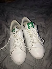 white stan smiths Burnaby, V3J 1M8