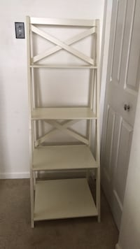 White wooden 4-tier bookcase  Alexandria, 22305