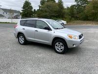 2007 Toyota RAV4 1 owner / clean carfax. Brick Township