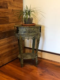 Large plant stand Johnston, 50131