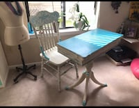Painted shabby chic desk and chair  Virginia Beach, 23455