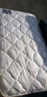 white and gray floral mattress Fort Washington, 20744